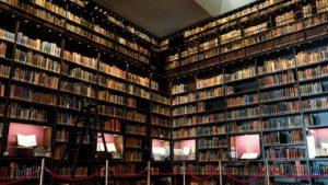 本棚が圧巻の東洋文庫ミュージアムに行ってきました